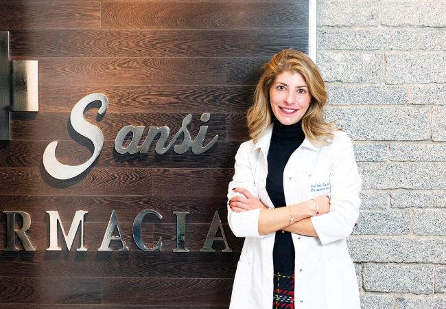 Esther Sansi, farmacéutica titular de Sansi Farma