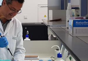 Entrevista a César Varela (COFM) sobre fitoterapia en farmacias