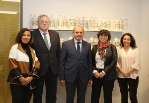 De izquierda a derecha Cristina Tiemblo, Miguel Ángel Gastelurrutia, Iñaki Betolaza, Milagros López de Ocáriz, y Flavia Erazo