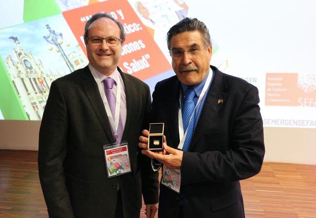 Se nombró socio de honor de SEFAC al presidente de SEMERGEN, el doctor José Luis Llisterri