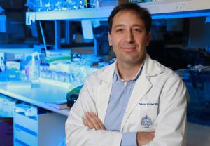 Dr. Alexis Kalergis, director del IMII