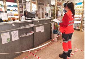 Sanidad autoriza el acuerdo del Consejo General y Cruz Roja para la entrega de medicamentos a domicilio a pacientes vulnerables en todo el país