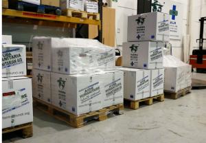 Farmamundi suministra nueve toneladas de EPI a diversos actores humanitarios en España frente al COVID19