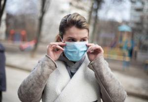 El Ministerio de Sanidad ha iniciado esta semana el reparto a las CCAA de más de un millón de mascarillas
