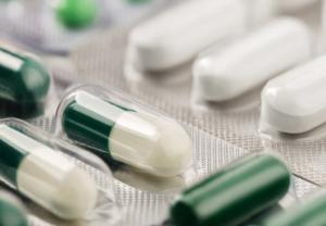 La industria farmacéutica en España continúa trabajando a pleno rendimiento para garantizar la producción y el suministro de todos los medicamentos