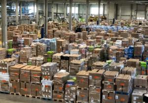 Cofares cierra una operación comercial para distribuir gradualmente hasta 180 millones de mascarillas en las farmacias españolas
