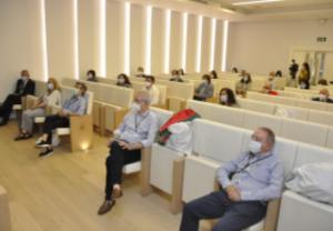 El COF Ourense participa en el acto de homenaje de los sanitarios gallegos a las víctimas por Covid-19