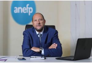 Alberto Bueno, reelegido presidente de la Asociación para el Autocuidado de la Salud (anefp)