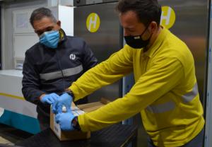 Grupo Hefame recibe las primeras 1.200 dosis de la vacuna de Moderna que llegan a la Región de Murcia