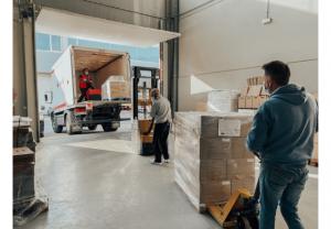 Los laboratorios VCS Farma donan 25.000 unidades de pastas dentífricas a la Cruz Roja