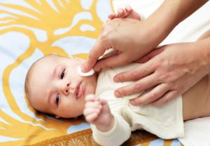 El cuidado de la piel del bebé en la farmacia