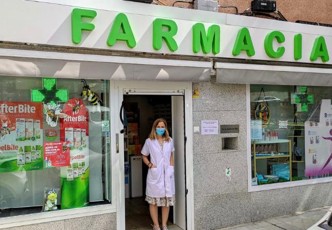 María Gutiérrez, titular de la farmacia