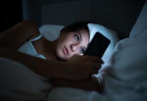 1 de cada 4 adolescentes siente somnolencia y problemas de concentración por el uso excesivo de dispositivos electrónicos