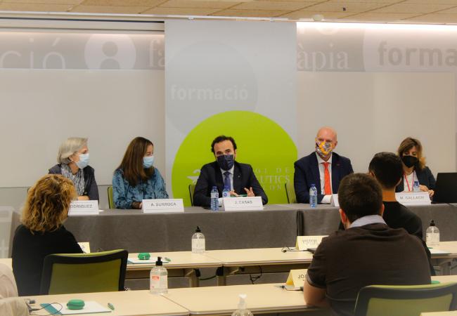 De izquierda a derecha: Cristina Rodríguez, Aina Surroca, Jordi Casas, Juan Carlos Serra y Mònica Gallach